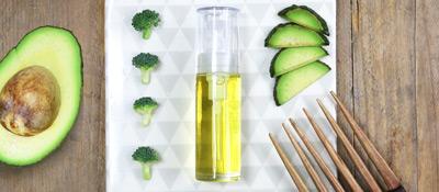 Soin lissant cheveux indisciplinés huile de soin cheveux
