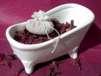 Infusion douce pour le bain aux fleurs de Lavande et Hibiscus