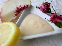 Fluide de jour jeunesse & éclat aux acides de fruits