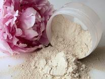 Shampooing sec à la Pivoine pour cuir chevelu sensible