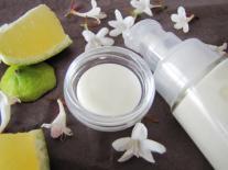 Crème corporelle à la fleur d'Osmanthus