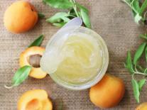 Gel démaquillant huileux Abricot & Muguet