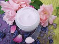 Crème jeunesse Rose & Violette pour peaux sèches et sensibles