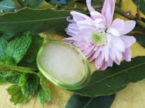 Gel hydro-alcoolique aux huiles essentielles