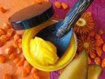 Baume lissant pour cheveux rebelles Mangue & Pracaxi
