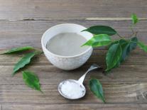 Masque peel-off jeunesse au lait d'ânesse et Thé Matcha