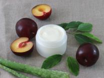 Crème corps onctueuse à la Prune réparatrice et nutritive