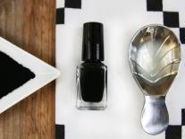 Vernis à ongles Black Réglisse