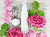 Crème de jour aux actifs apaisants Rose & Grenade