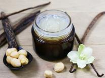 Gel démaquillant fondant Vanille & Macadamia