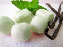 Bonbons de bain effervescents Prune, Vanille & Menthe douce